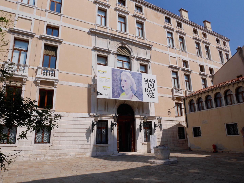Martial Raysse, exposition au Palais Grassi de Venise
