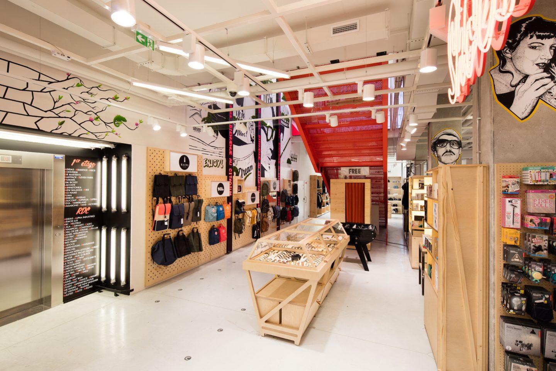 shopping uk cheap sale exquisite style Citadium a ouvert son magasin de mode sport à Bordeaux