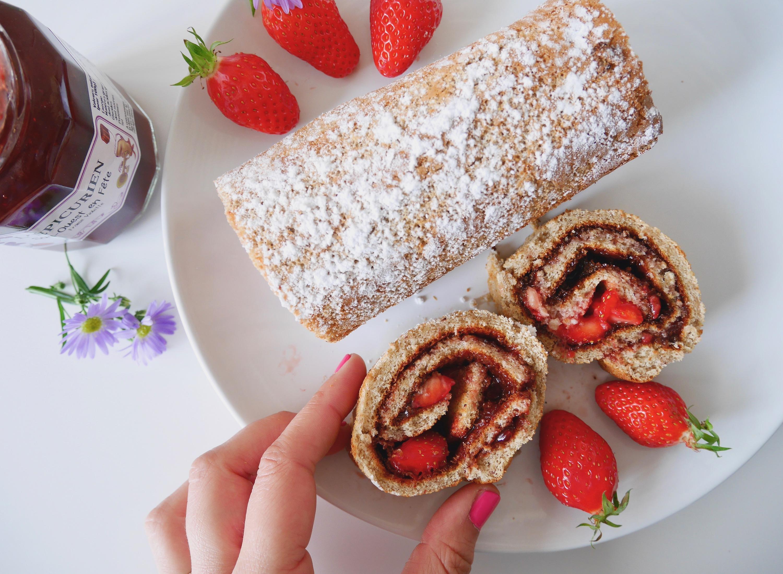 gâteau roulé confiture fraise