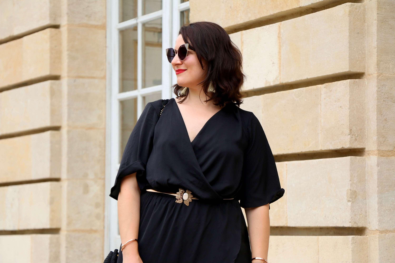 robe noire mi-longue