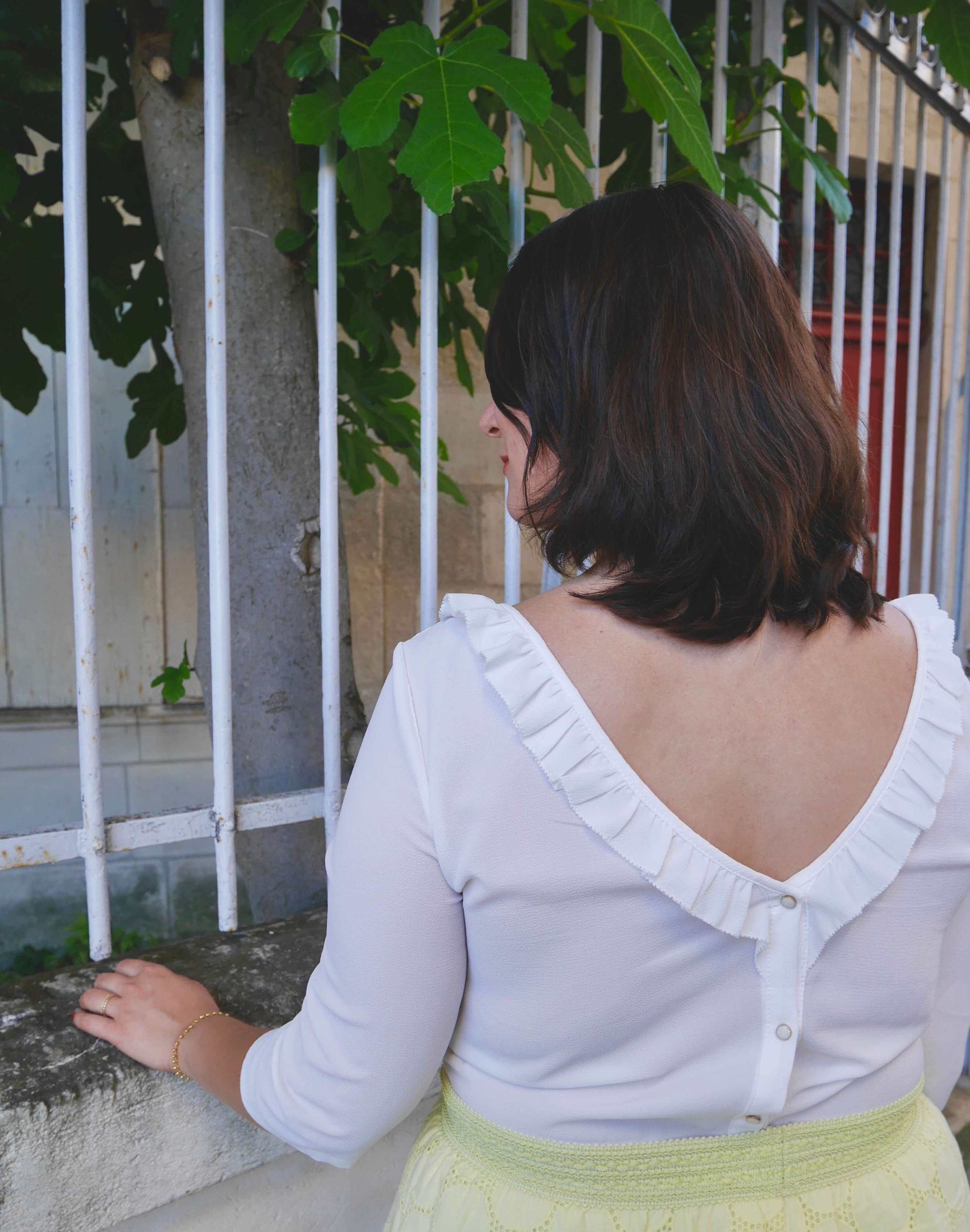 chemise décolleté dos
