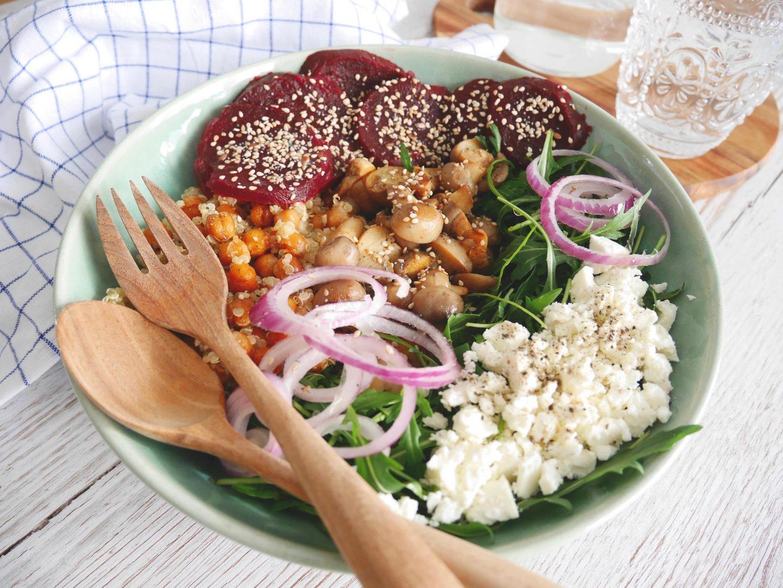 buddha bowl 3 recettes pour composer sa salade repas. Black Bedroom Furniture Sets. Home Design Ideas