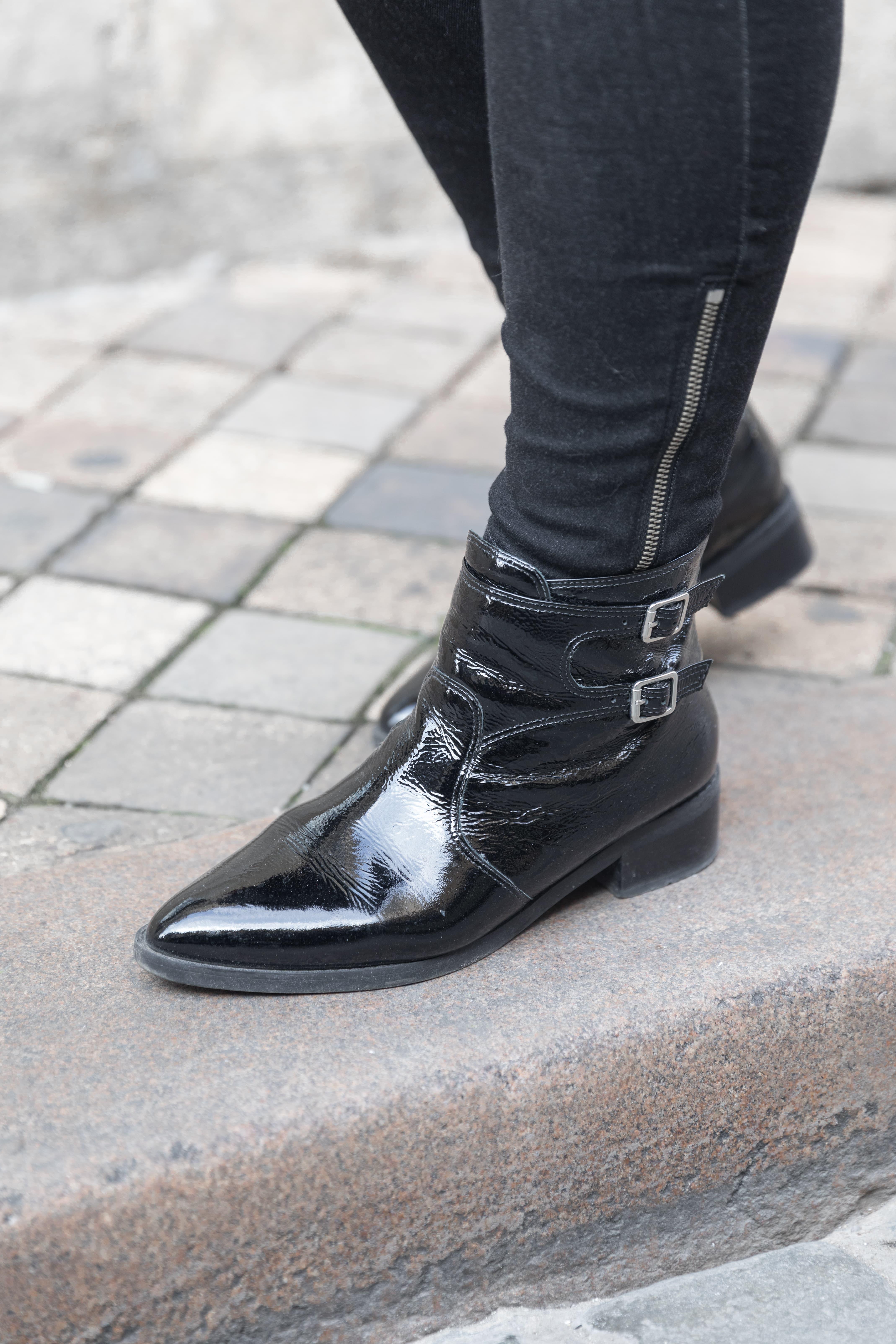 boots vernies