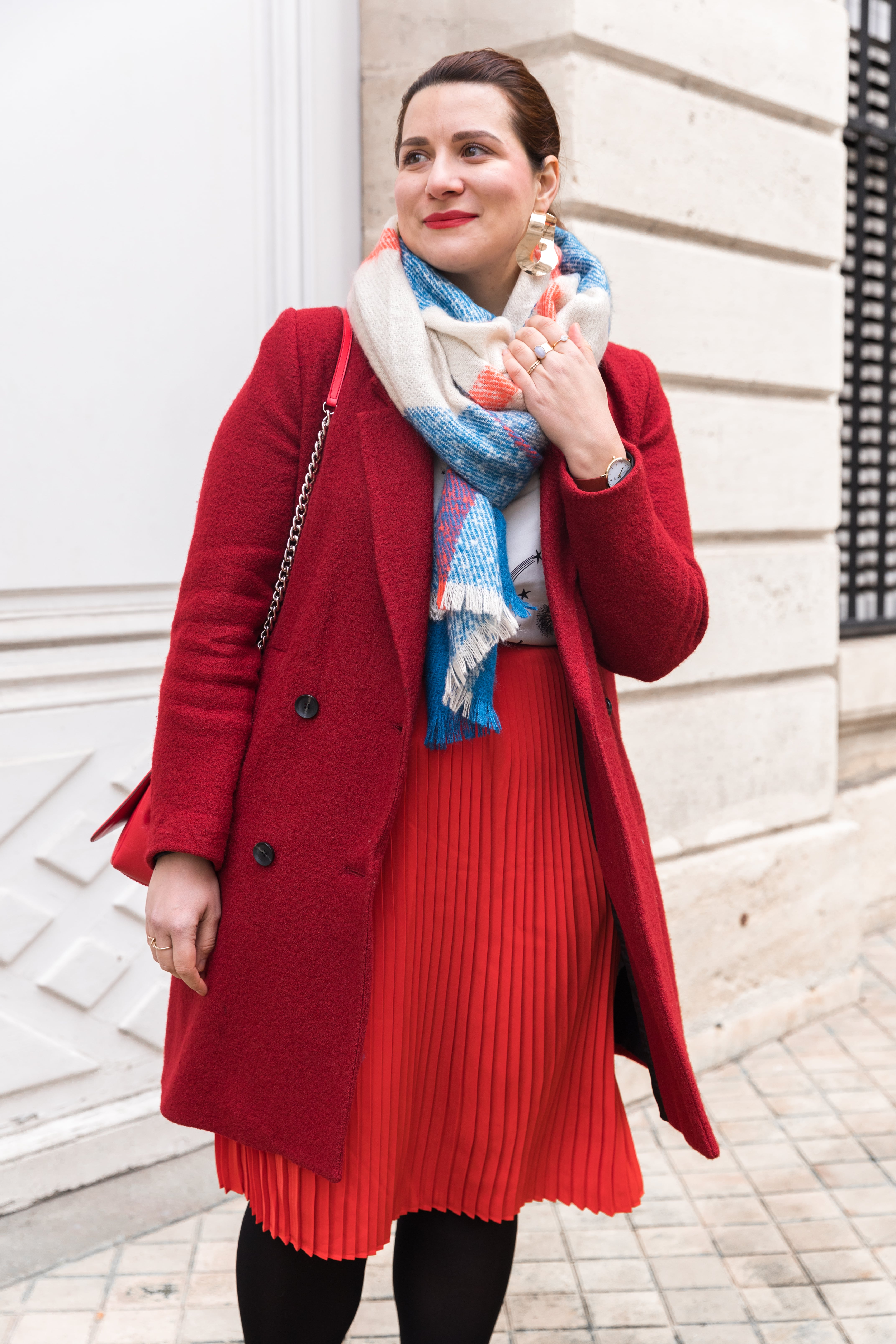 jupe rouge plissée
