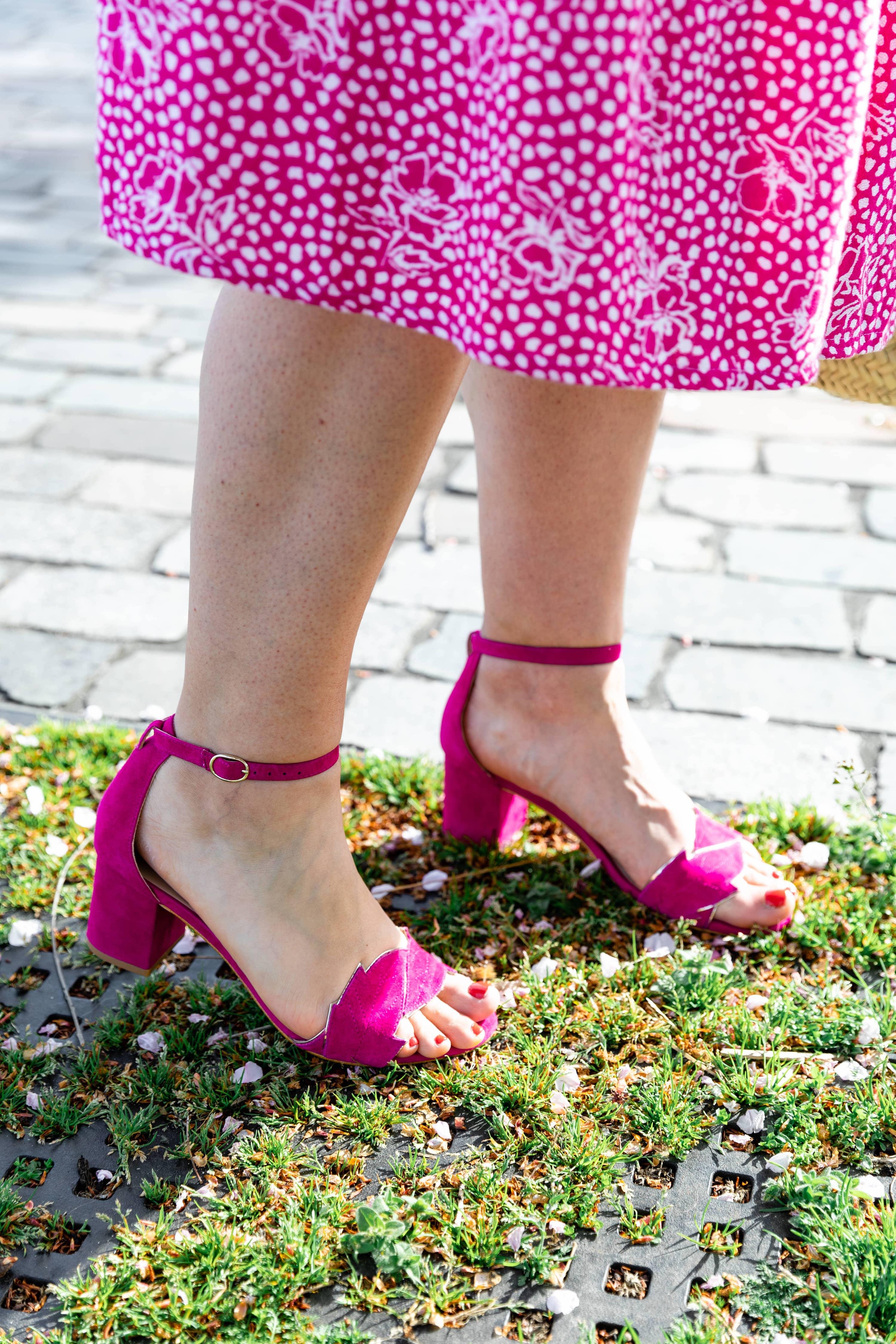 sandales rose en cuir