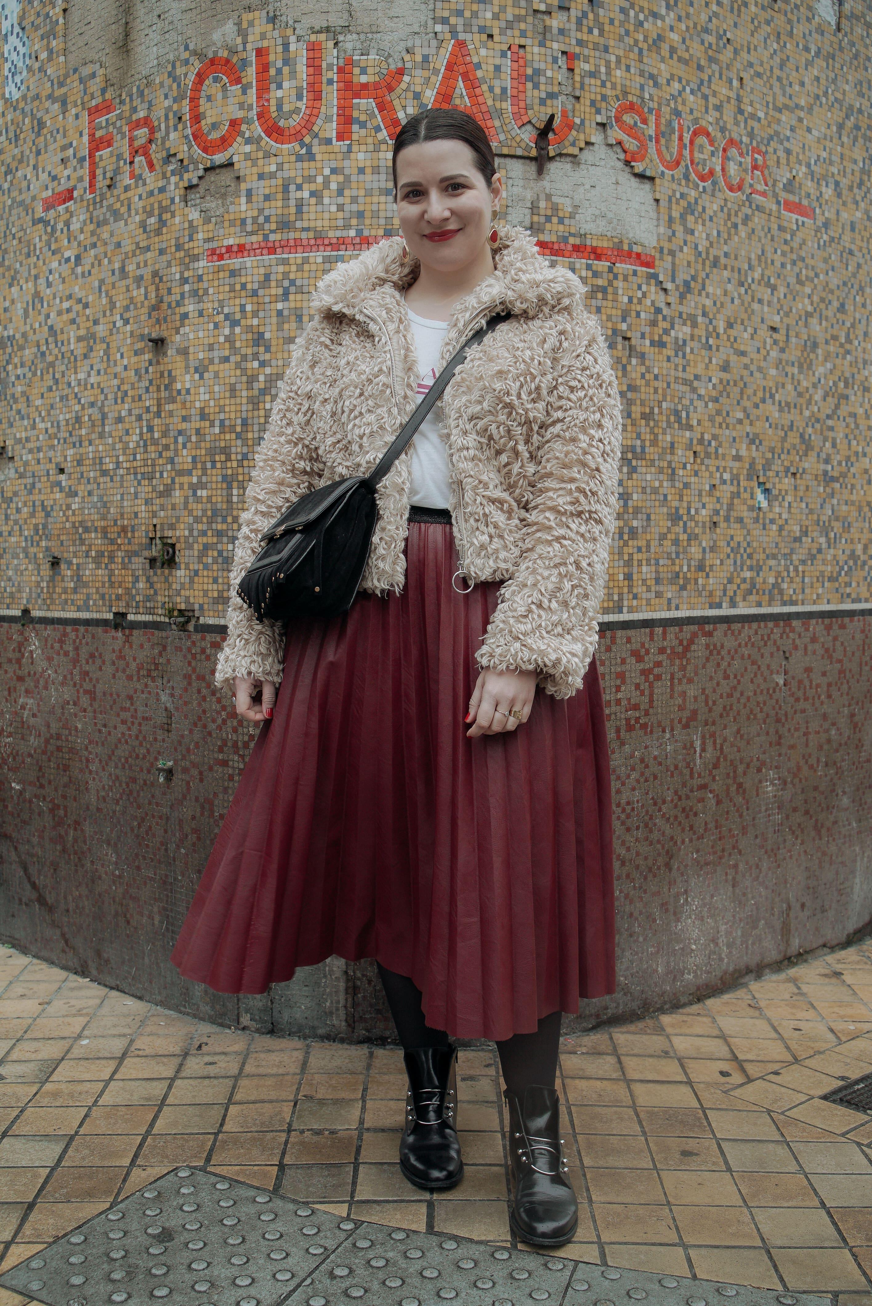 jupe-plissée-cuir