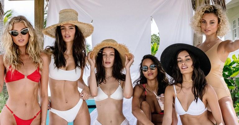 models-bahams-fyre-festival