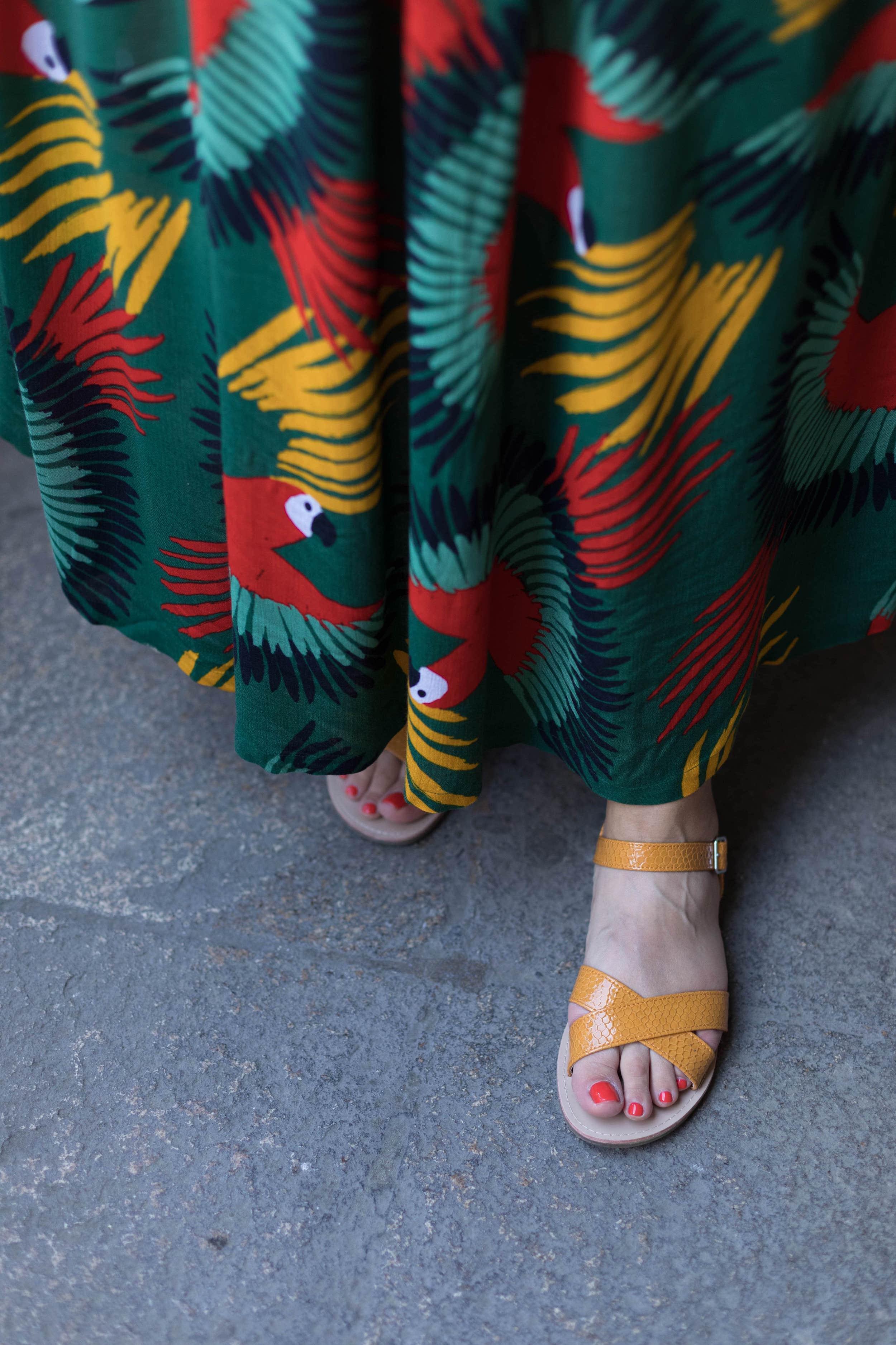 sandales-jaunes-pas-cher