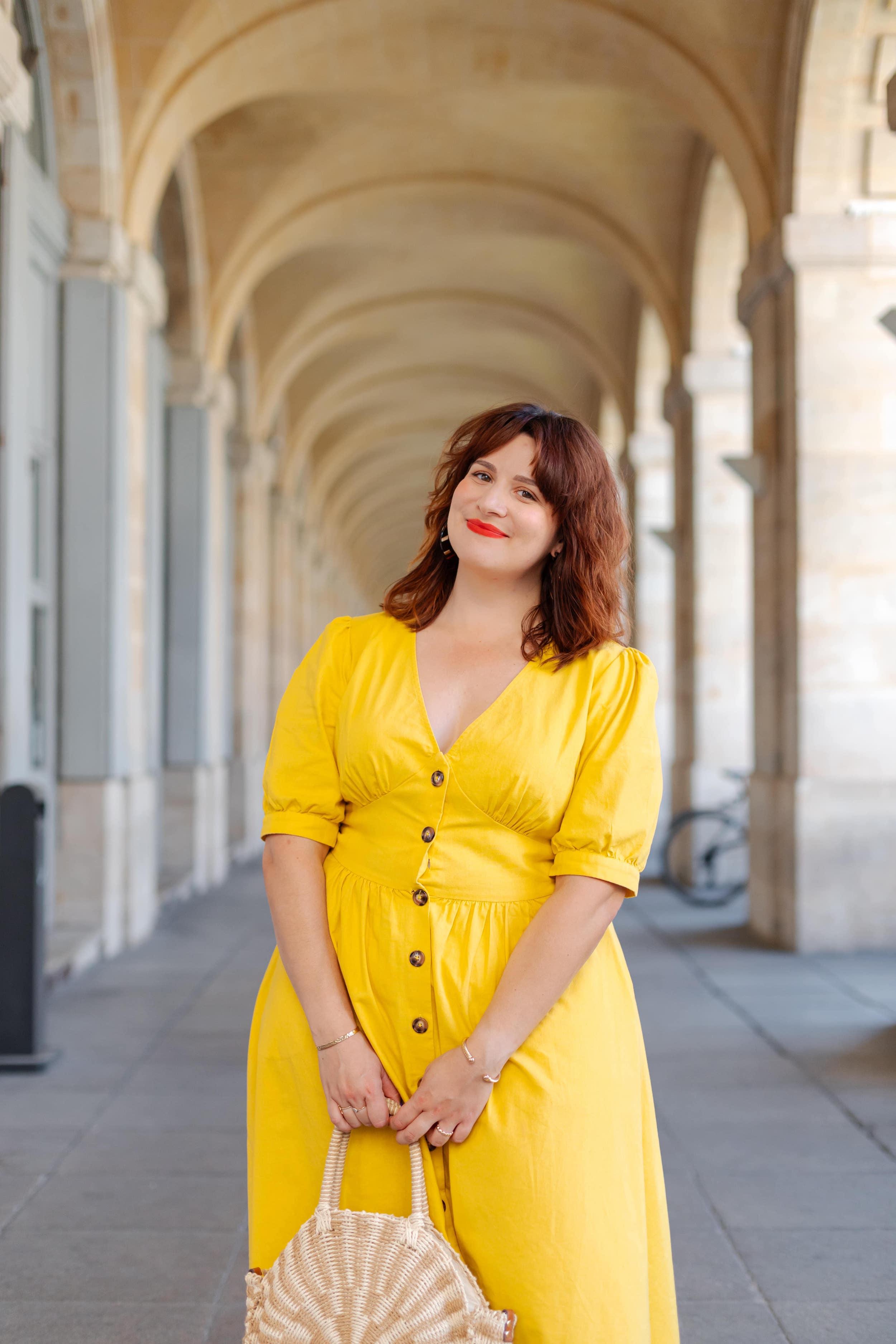 look-été-robe-jaune