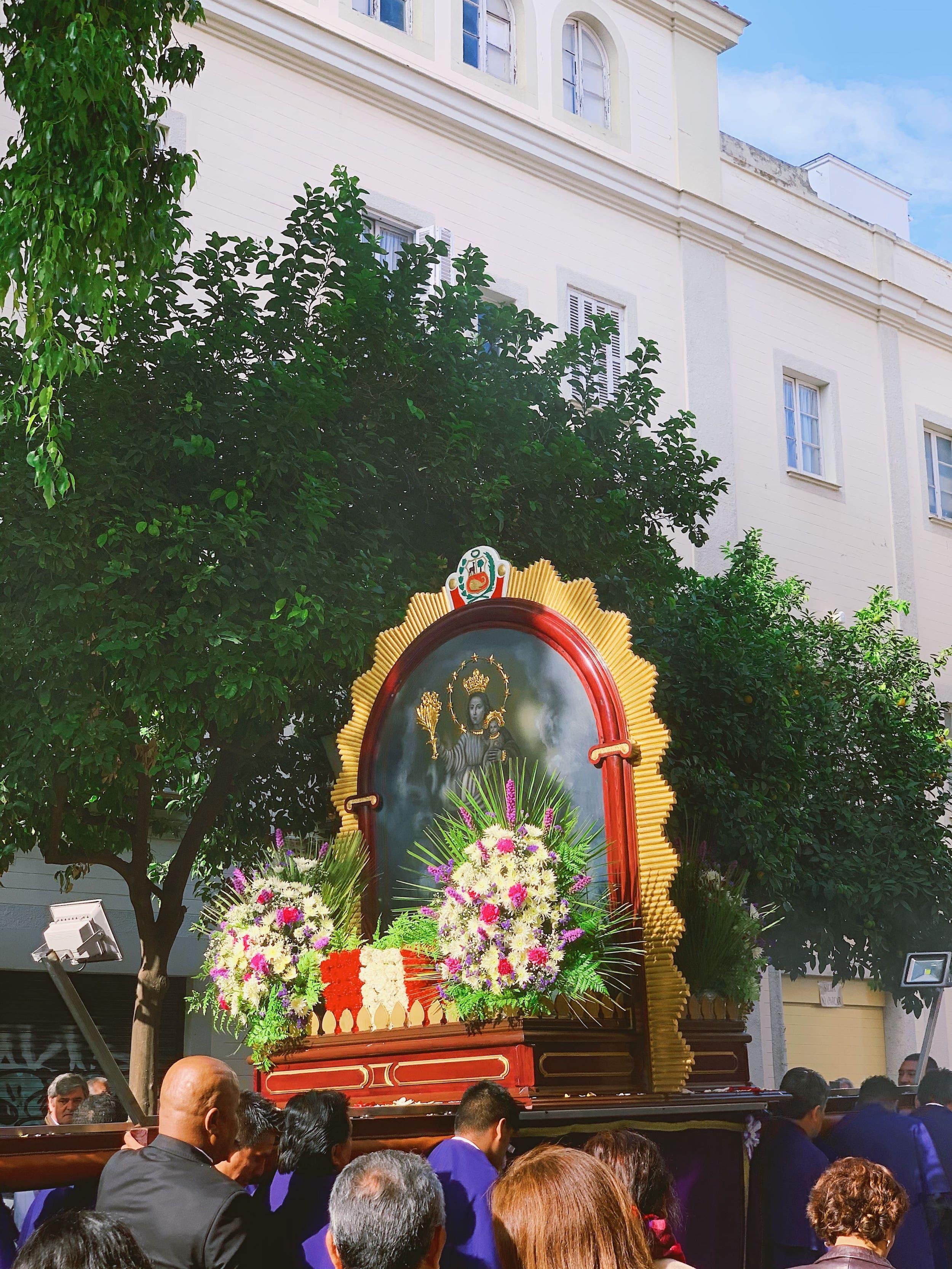 seville-santa-cruz