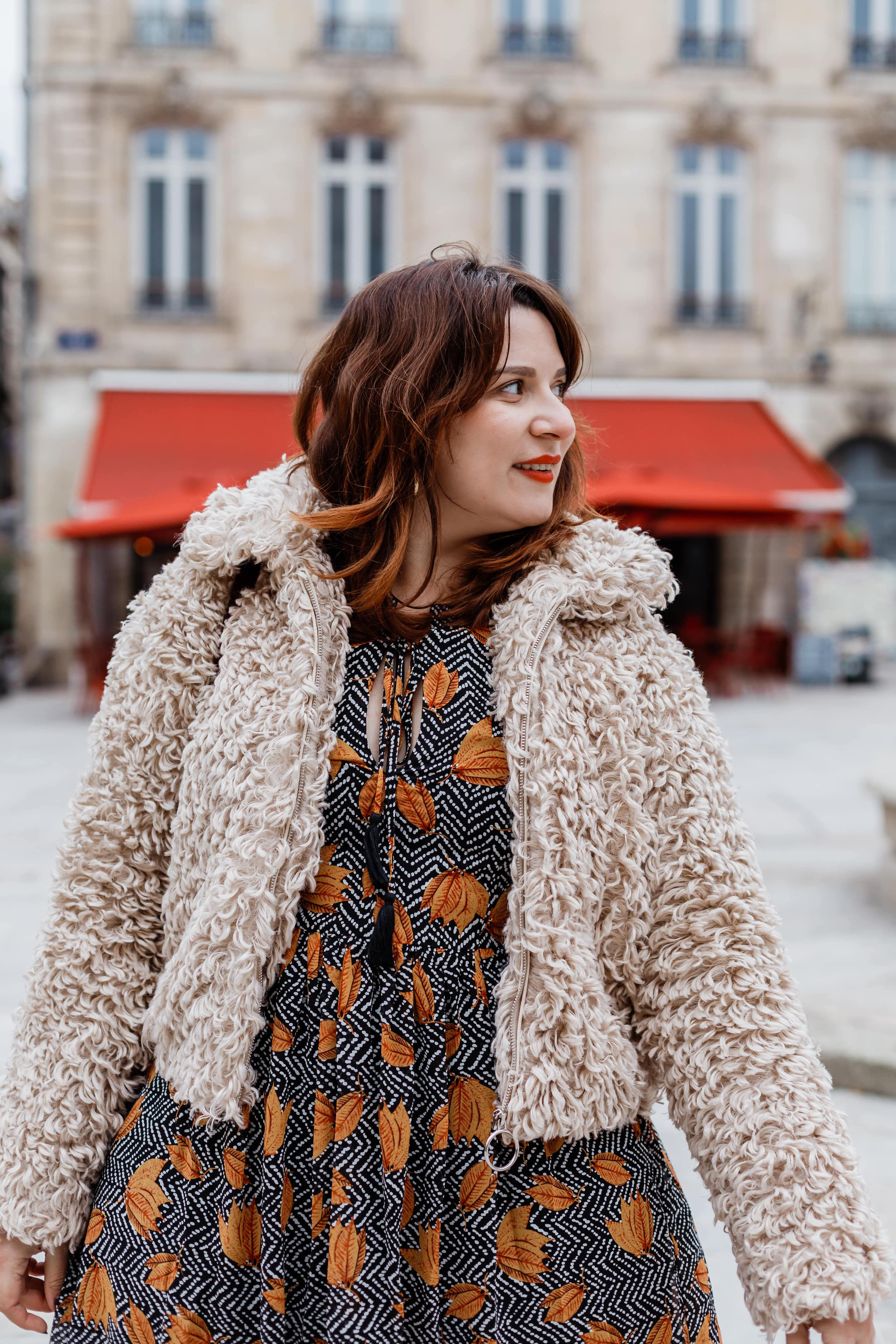 look-hiver-robe-courte-grande-taille