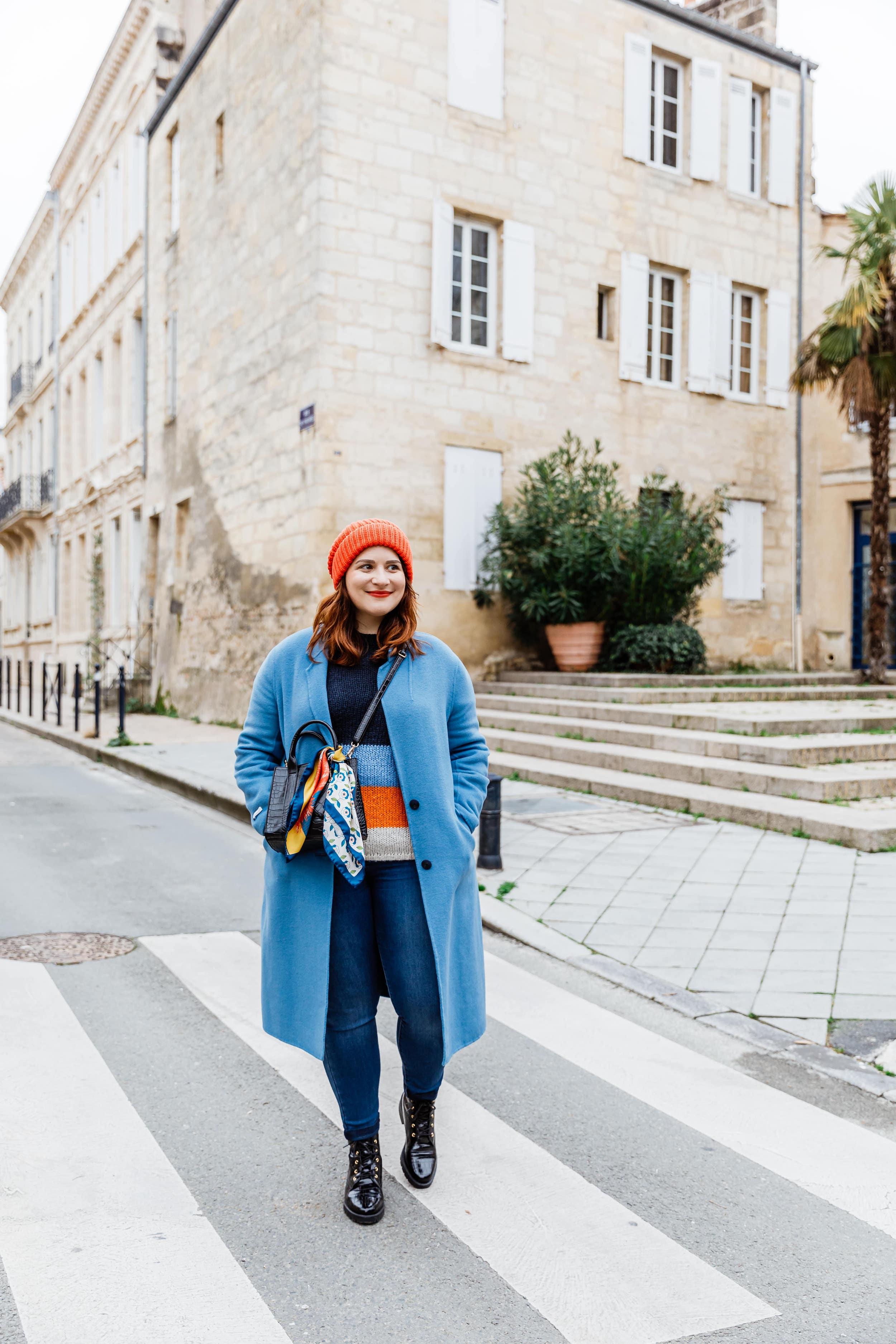 look-manteau-bleu-hiver